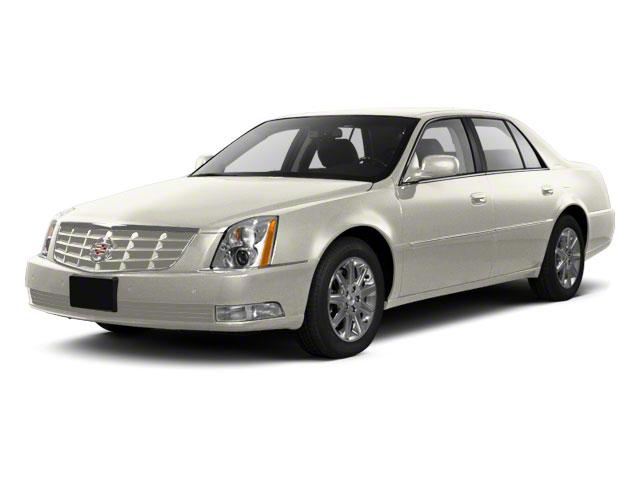 2010 Cadillac DTS Vehicle Photo in ELLWOOD CITY, PA 16117-1939