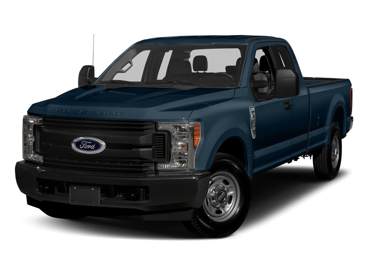 2017 Ford Super Duty F-250 SRW Vehicle Photo in WATERTOWN, CT 06795-3318