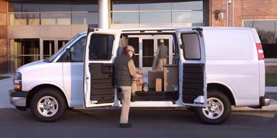 2005 Chevrolet Express Cargo Van Vehicle Photo in WASILLA, AK 99654-8339